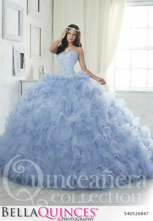 58eaf22fb03 26847 blue quinceanera collection bellaquinces photography